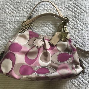 NEW COACH Pink/nude hand bag